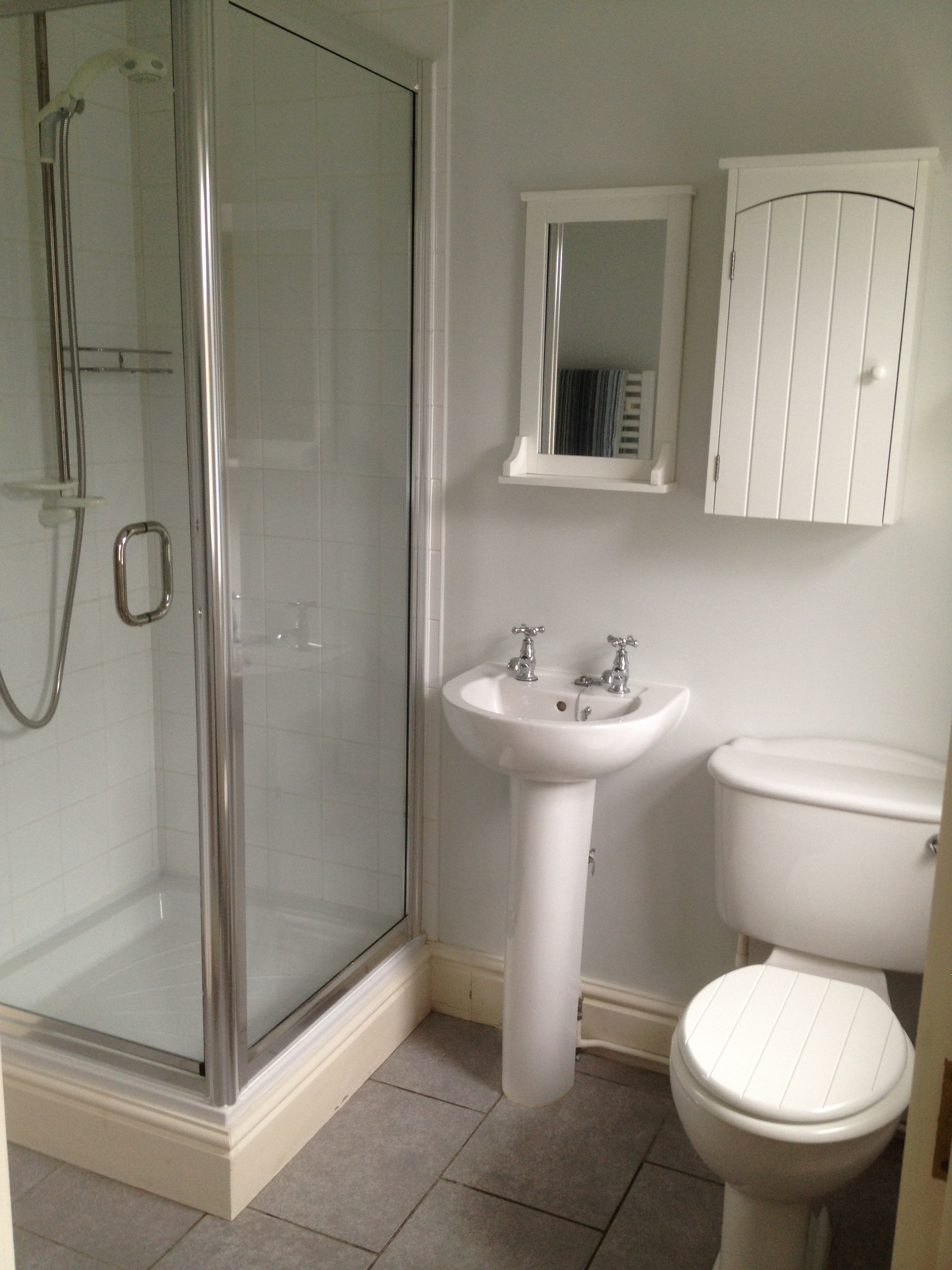 Gallery for Compact ensuite ideas